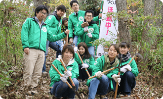 六甲山系にリーモ・デールの森を作っています